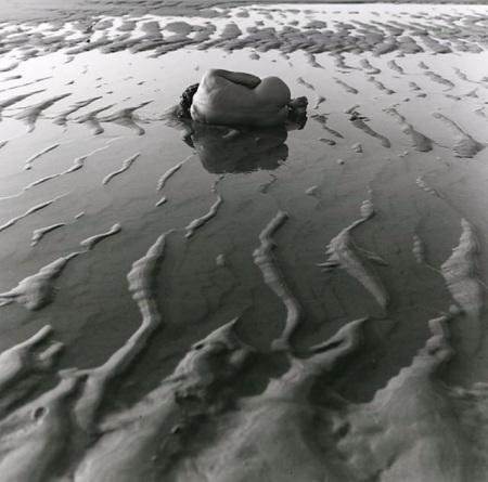 donna nell'acqua